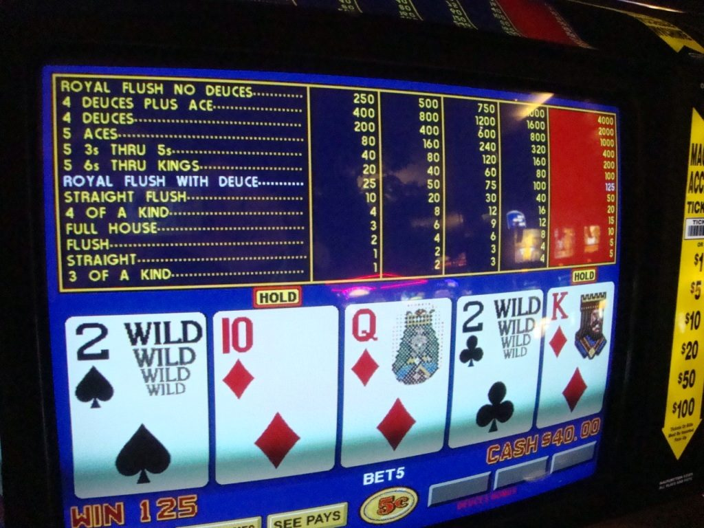 Deuces Wild – Video poker mašina